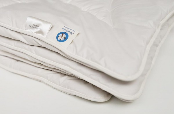 Bio Winterdecke aus Baumwolle und Leinen - GOTS zertifiziert